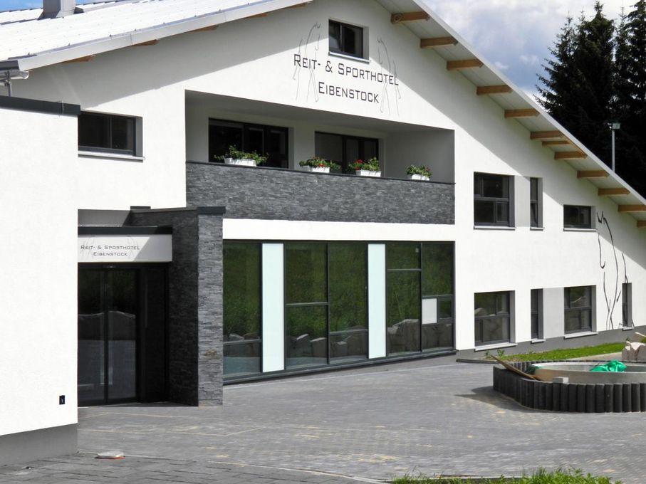 Neubau einer Sport – und Hotelanlage in Eibenstock